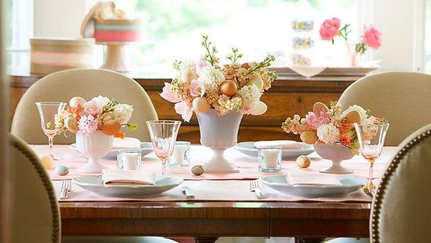 аранжименти от свежи цветя в бяло-розовата тоналност