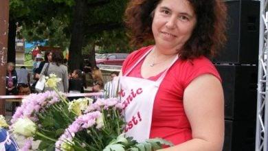 Photo of Венета Цочева: Цветята се подаряват от обич…